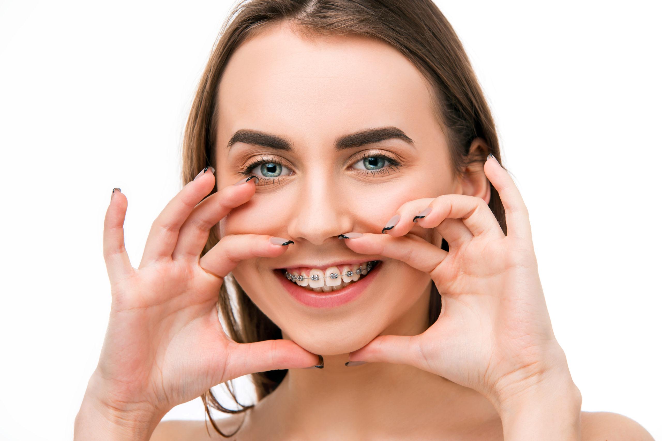 Consejos para cuidar de tu Ortodoncia en verano